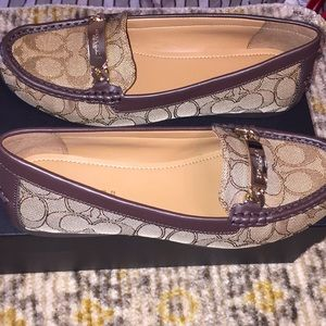 Coach Signature Flats /Size 8/Authentic